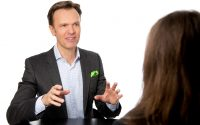 Erfolgreich verkaufen - Typische Vertriebsfehler, die Gründer vermeiden sollten - Mag. Roman Kmenta
