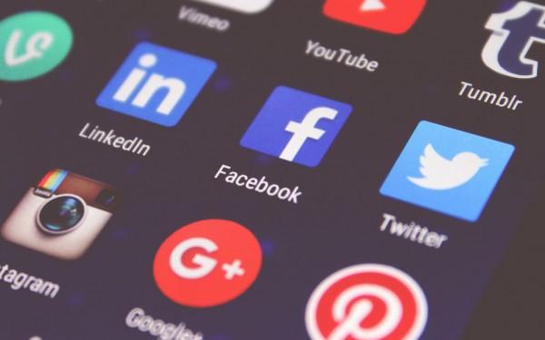 Social Media Designs für Gründer - So funktionierts